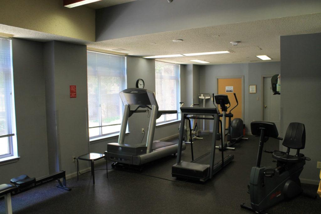 fitness room Fallswood