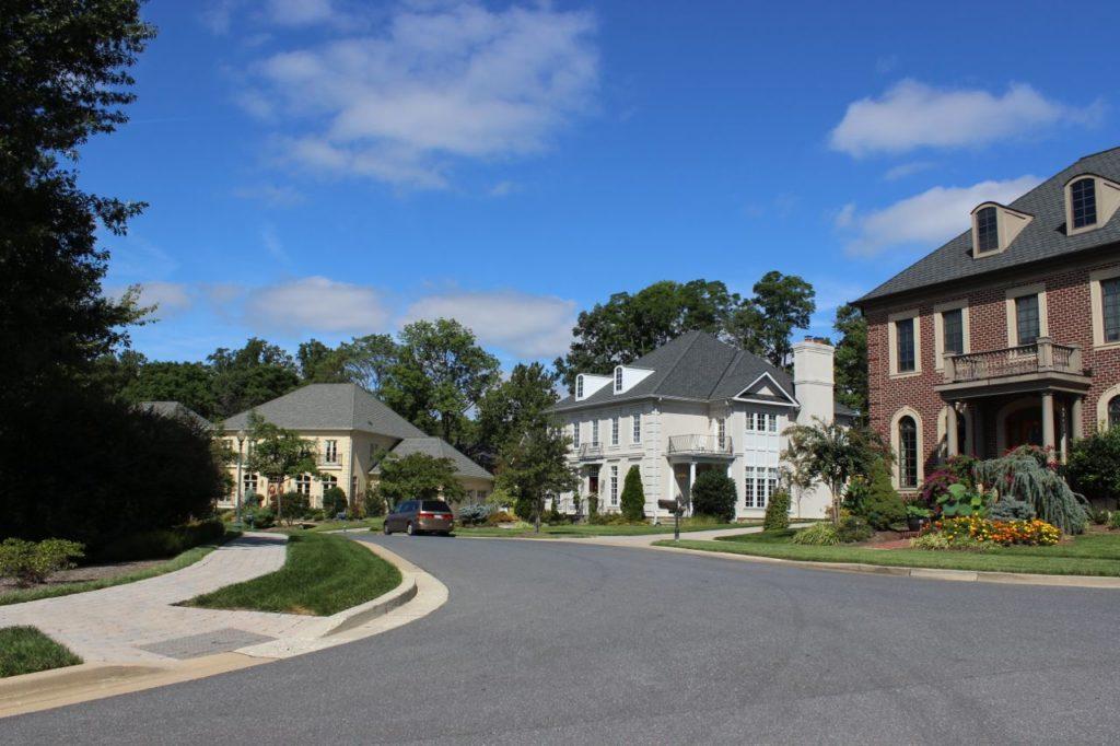 Oaks at North Bethesda neighborhood