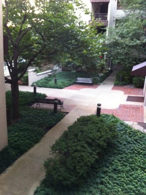 front entrance to Miramont Villas in Rockville MD